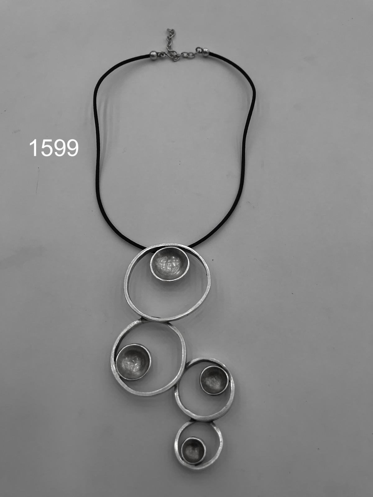 NECKLACE 1599