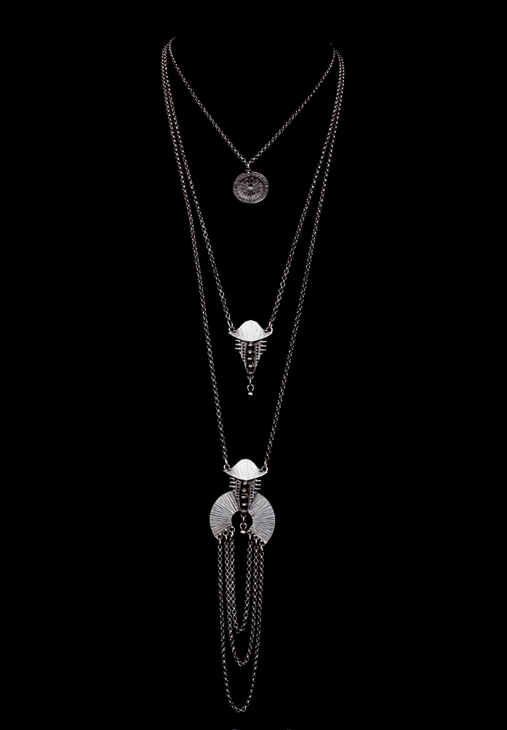NECKLACE 1745