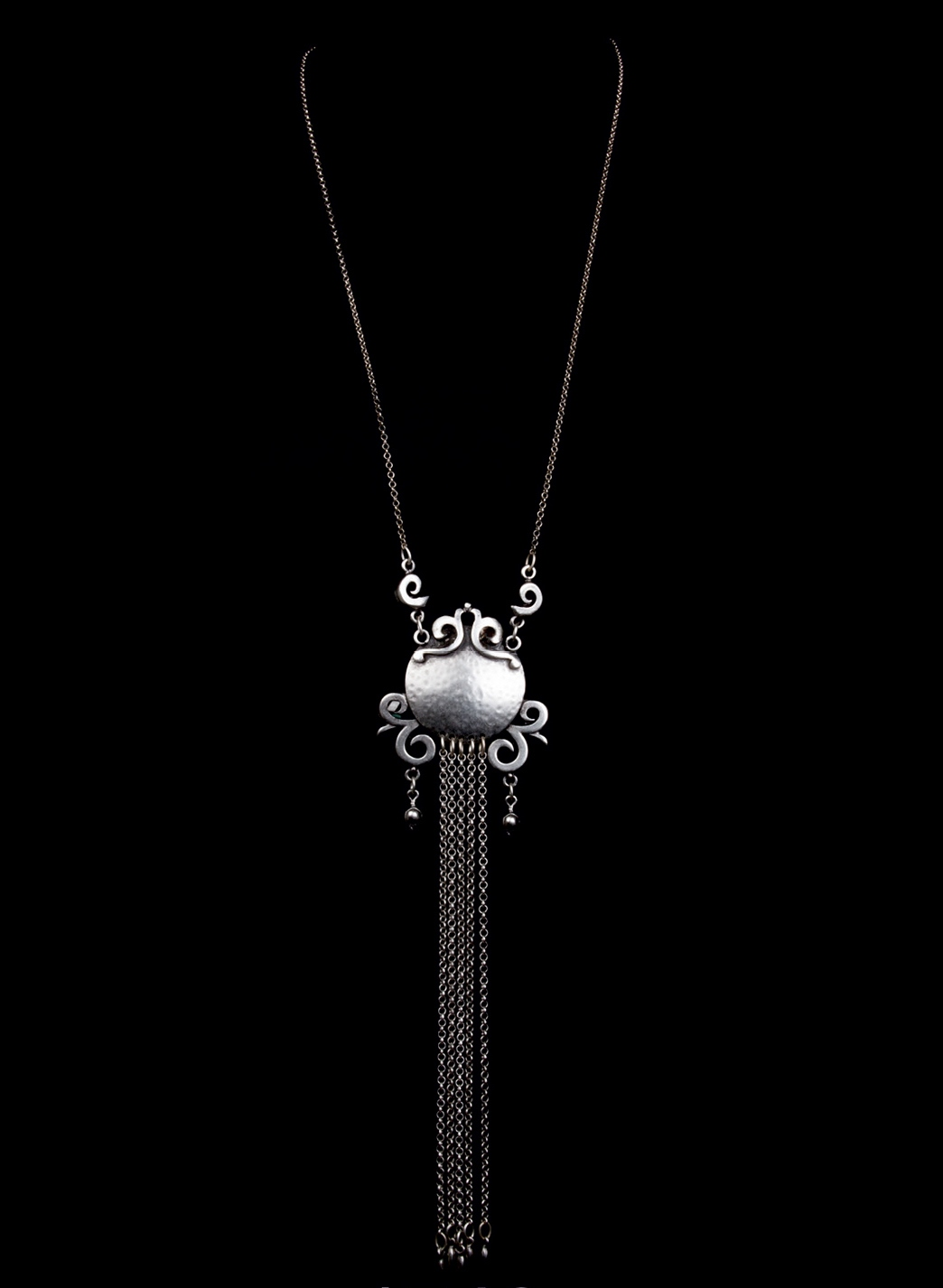 NECKLACE 1746