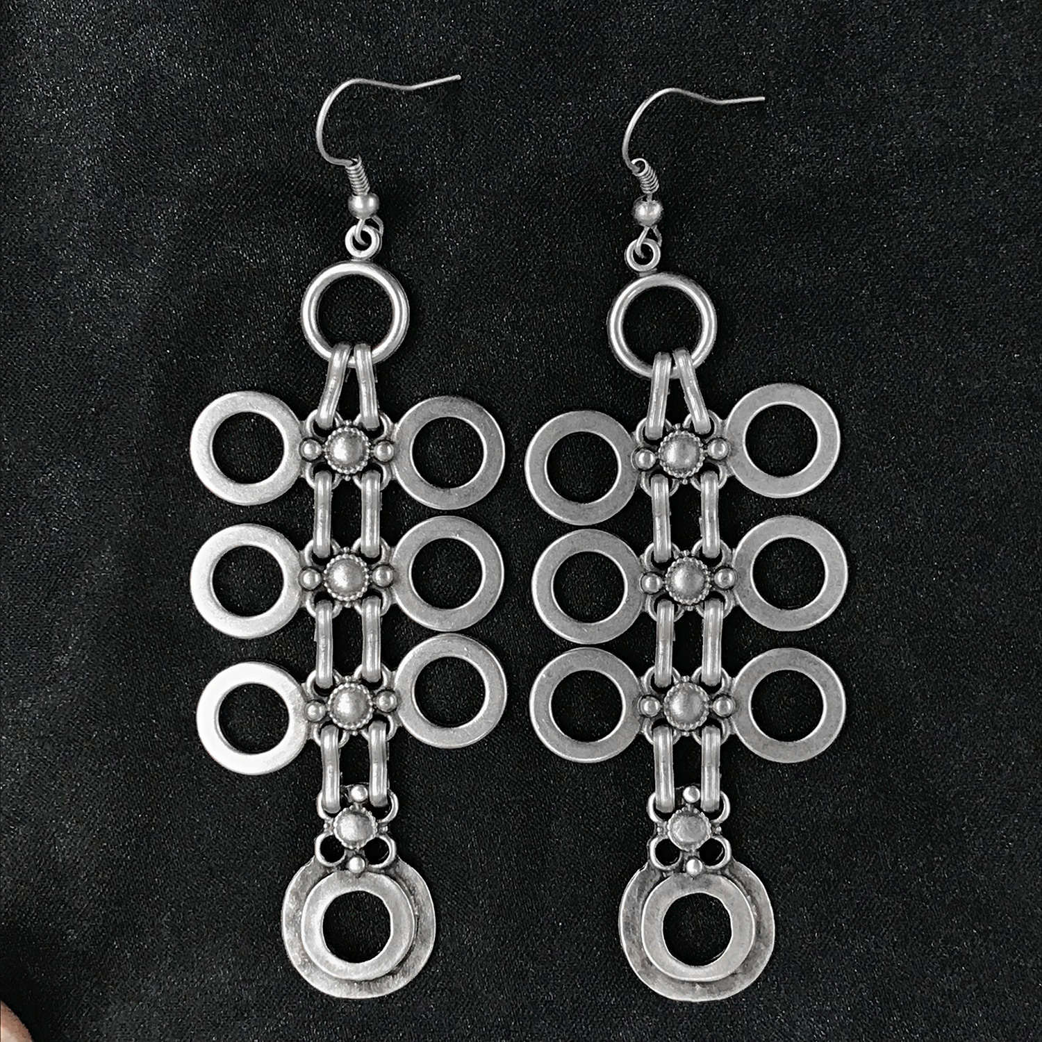 EARRINGS 4513