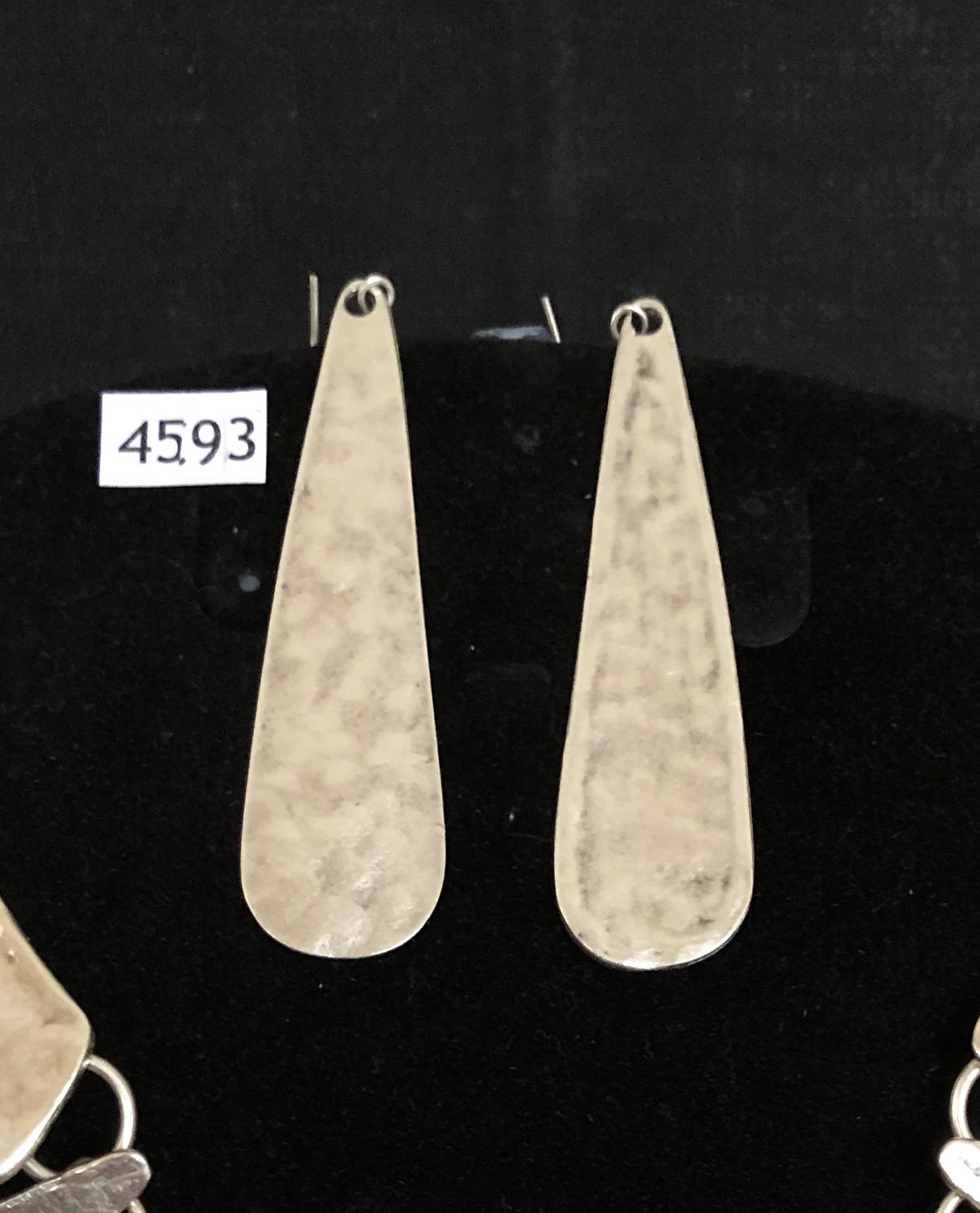 EARRINGS 4593