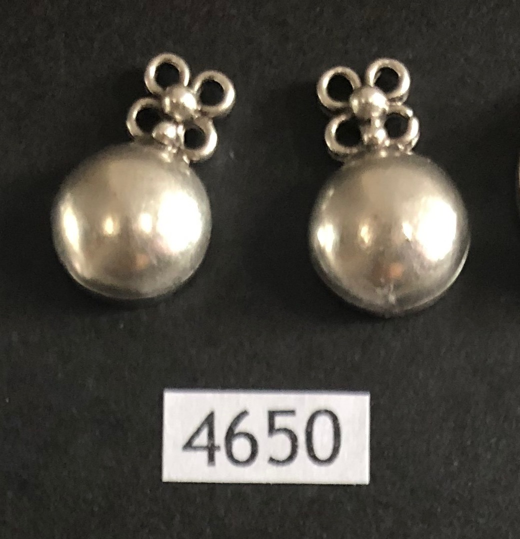 EARRINGS 4650