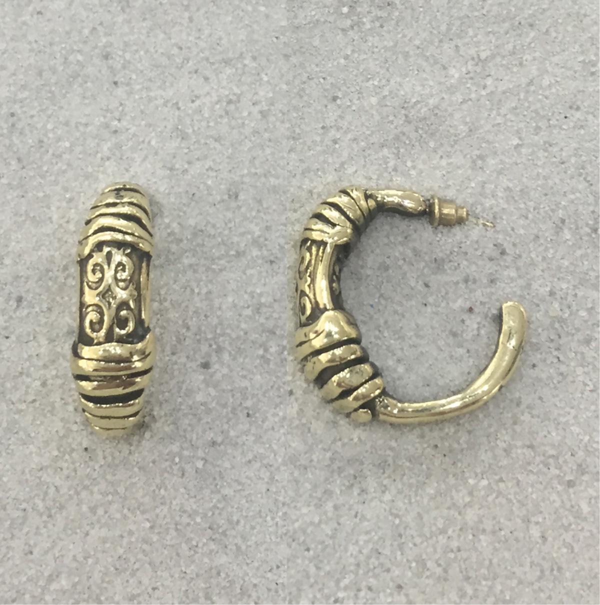 BRONZE EARRINGS 4072