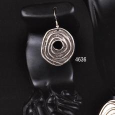 EARRINGS 4636