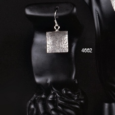 EARRINGS 4662