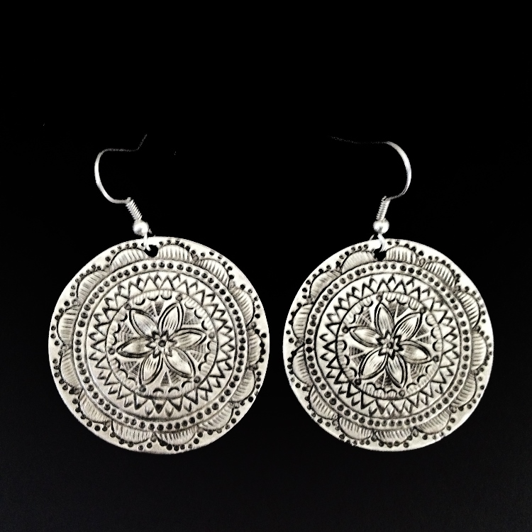 EARRINGS 4582