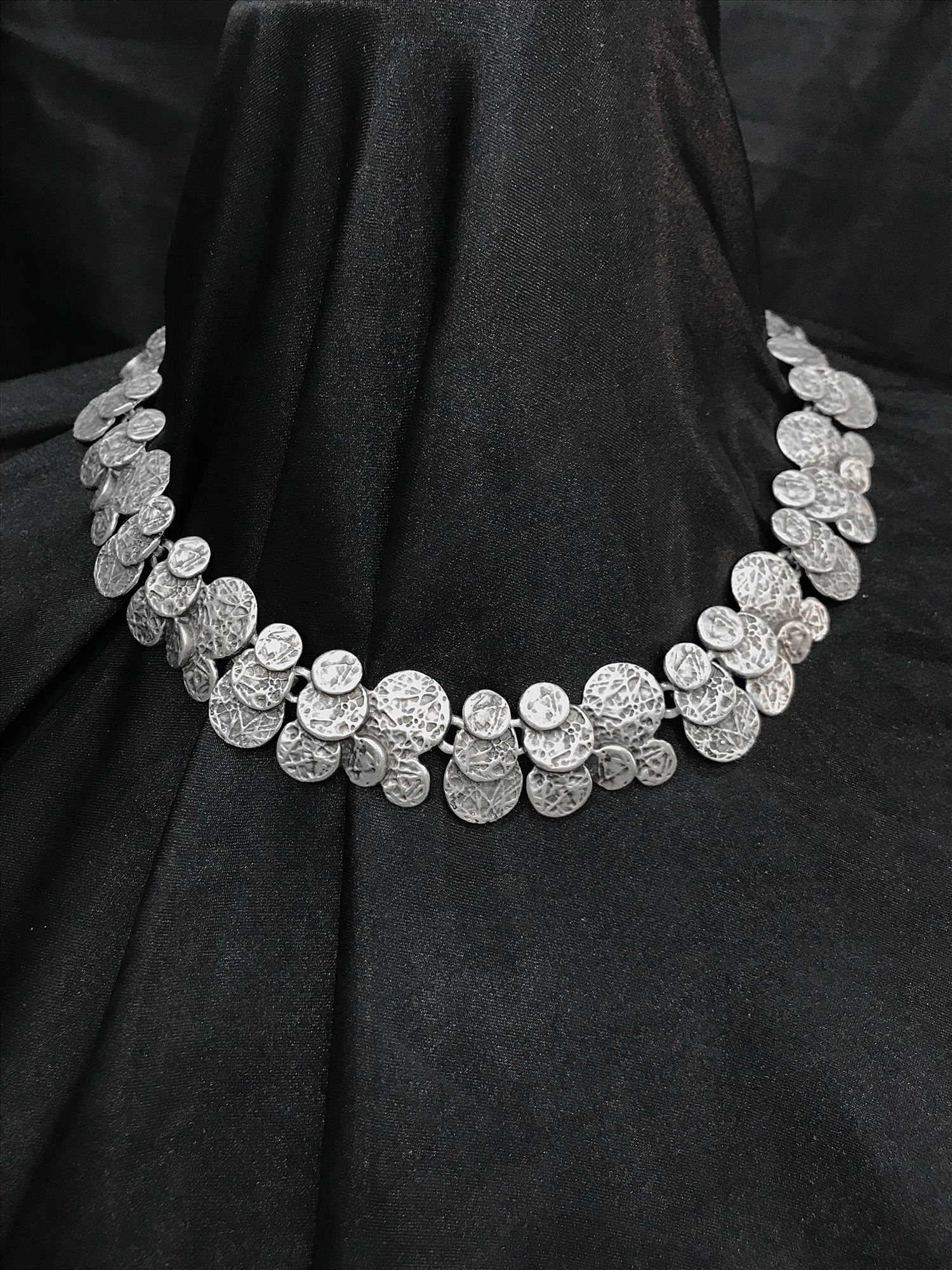 NECKLACE 1598